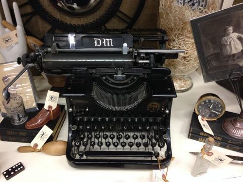 Dm-typewriter-florence